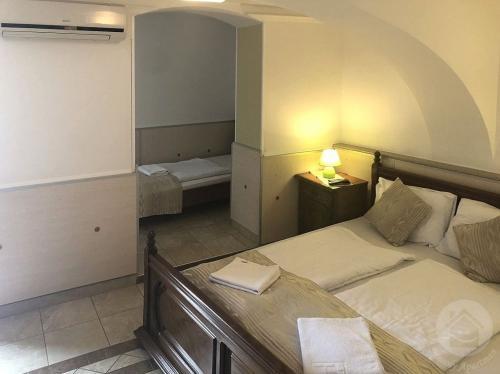 mosoly-apartman-szeged-f3-szoba-1