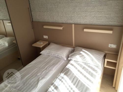 mosoly-szallashely-3-102-szoba-5